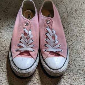 Pink canvas converse